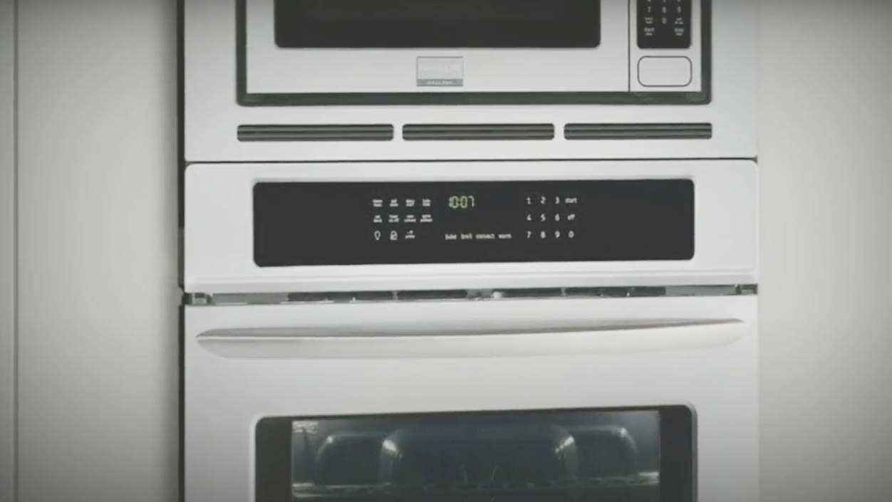 Best Wall Ovens 2020: Comparisons, Reviews and FAQs